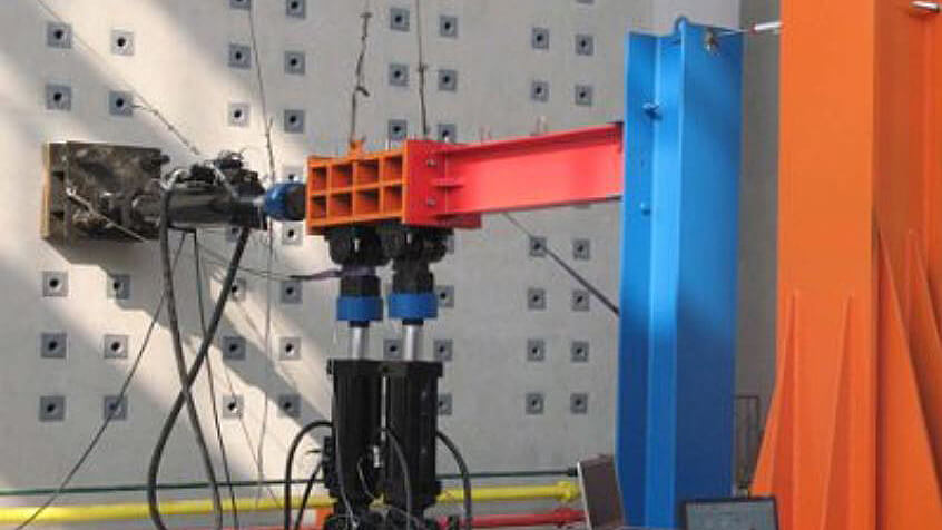 LBCB Structural Test Table mounted on L-shaped Reaction Wall