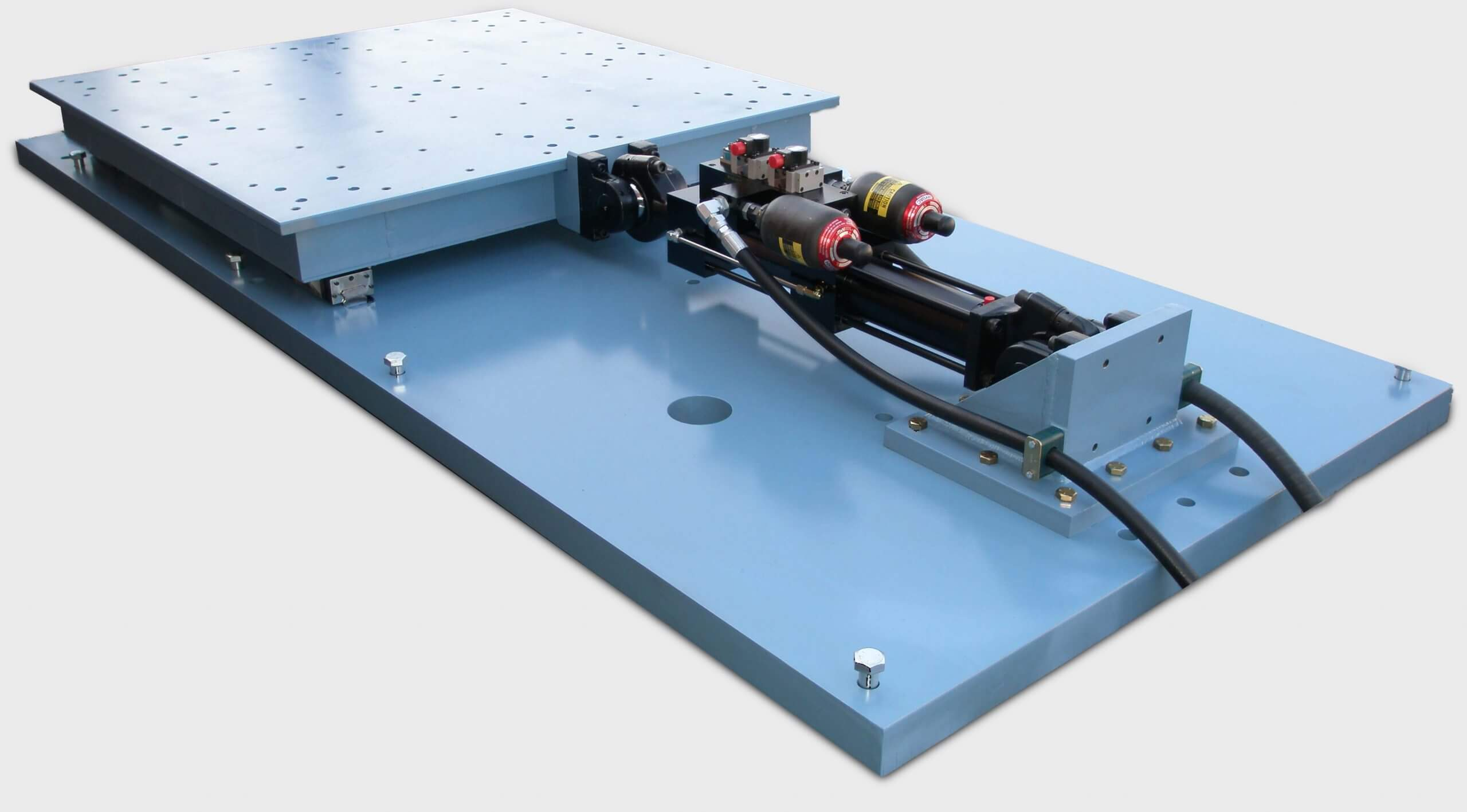 Multi Axis Simulation Table combined with hexapods