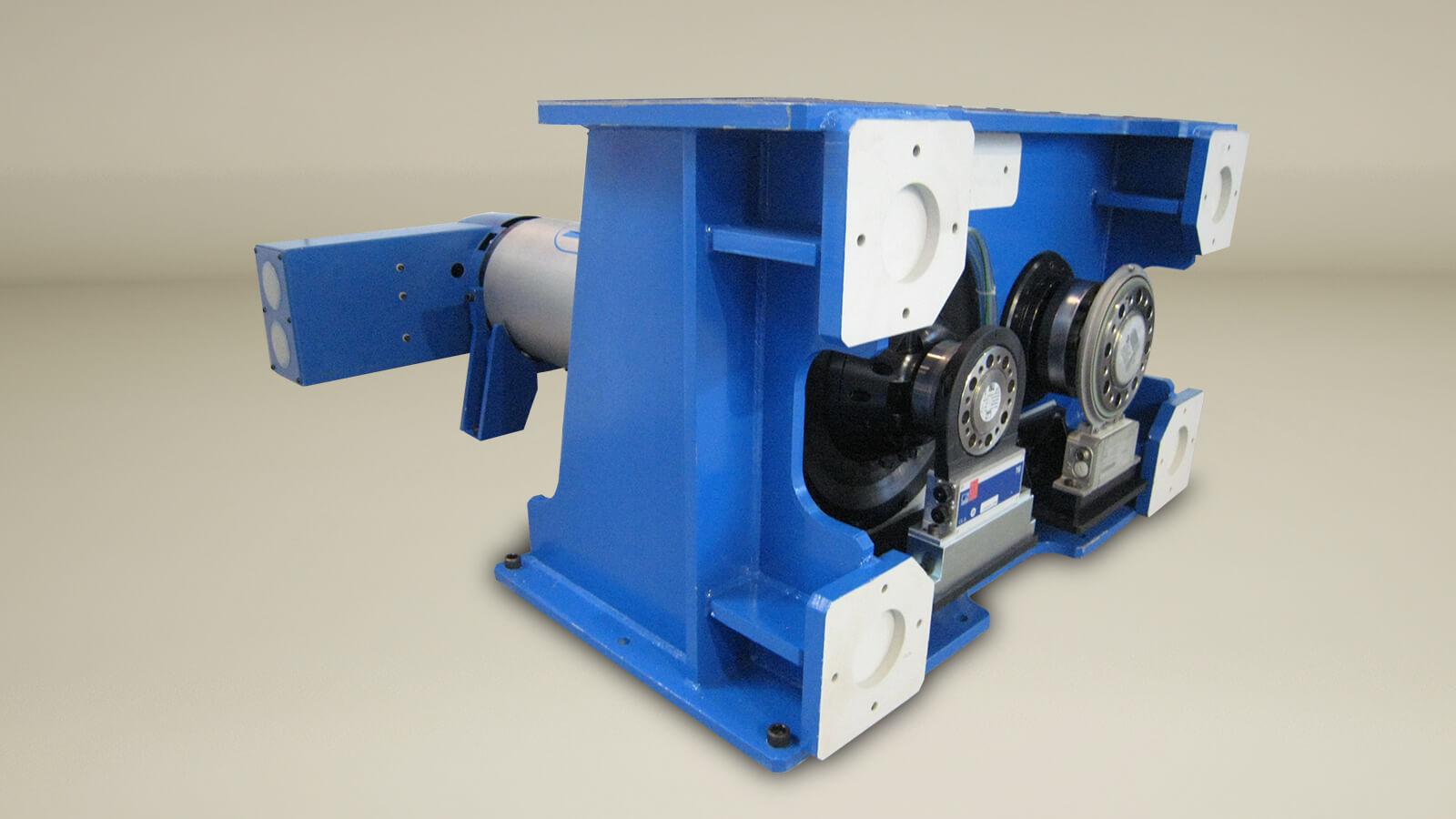 a new range of dynamometers combining high torque at low speed and constant power at high speed